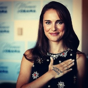 Natalie Portman showing her truly idiotic stupidity